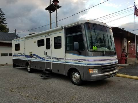 1999 Fleetwood Pace Arrow for sale in Waterford, PA
