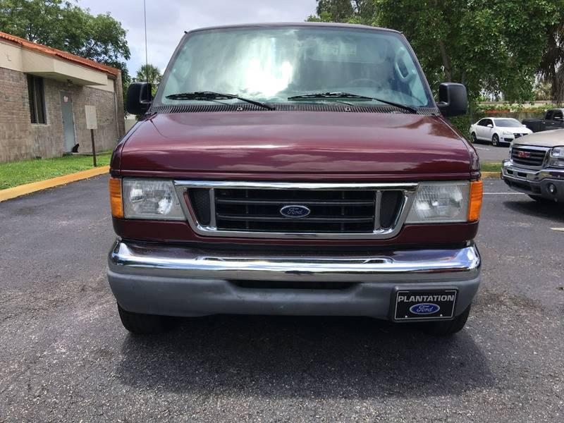 2006 Ford E-Series Wagon for sale at Florida Auto Trend in Plantation FL