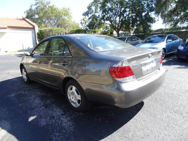 2006 Toyota Camry for sale at Florida Auto Trend in Plantation FL