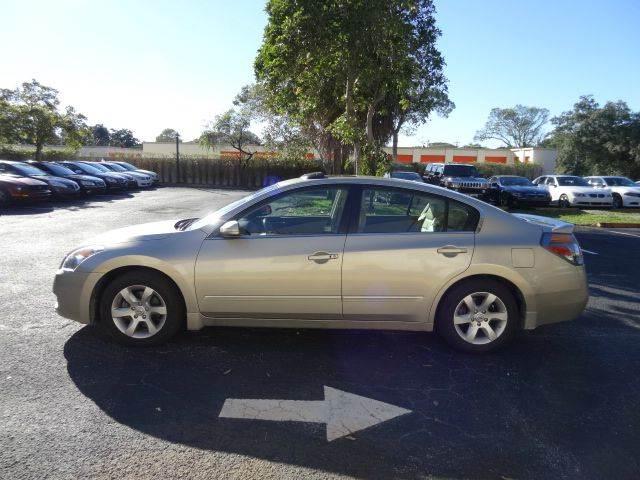 2009 Nissan Altima for sale at Florida Auto Trend in Plantation FL