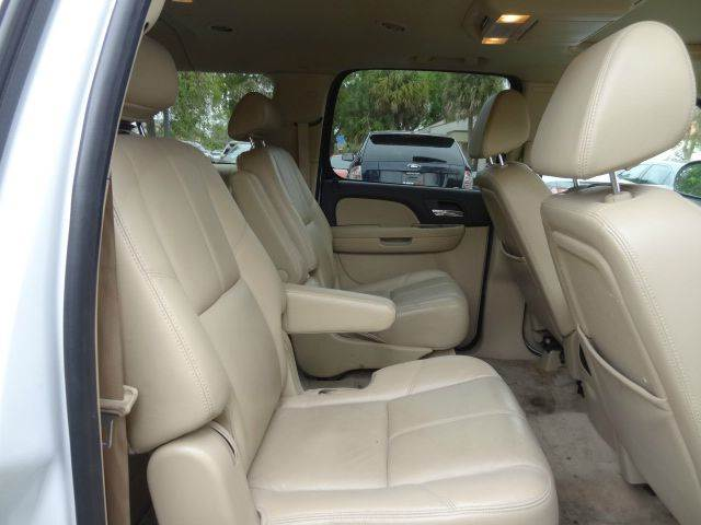 2008 Chevrolet Suburban for sale at Florida Auto Trend in Plantation FL