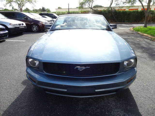2007 Ford Mustang for sale at Florida Auto Trend in Plantation FL