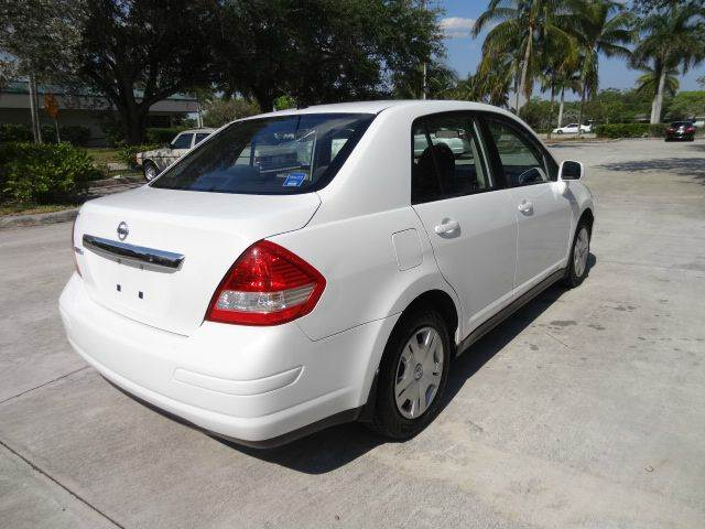 2011 Nissan Versa for sale at Florida Auto Trend in Plantation FL