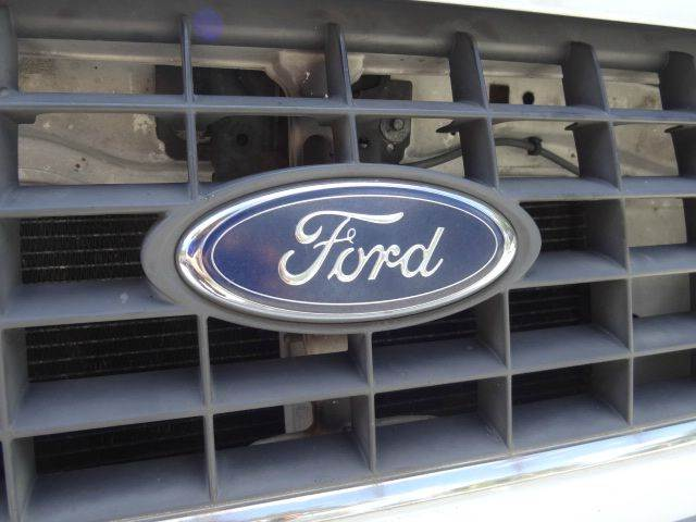2002 Ford Explorer for sale at Florida Auto Trend in Plantation FL