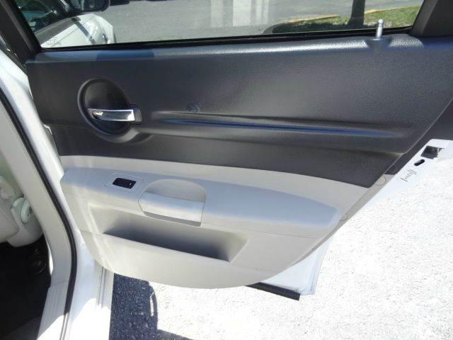 2006 Dodge Magnum for sale at Florida Auto Trend in Plantation FL