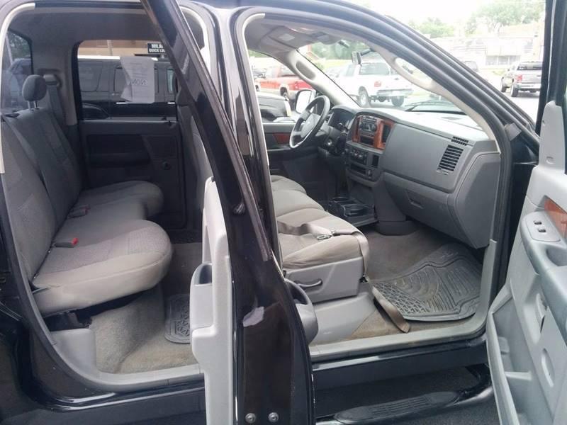 2006 Dodge Ram Pickup 1500 SLT 4dr Quad Cab 4WD SB - Milan IL