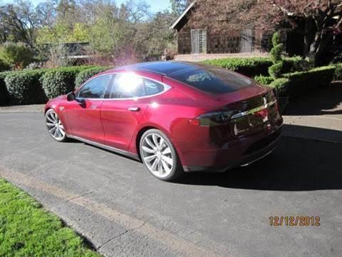 2013 Tesla SIGNATURE S