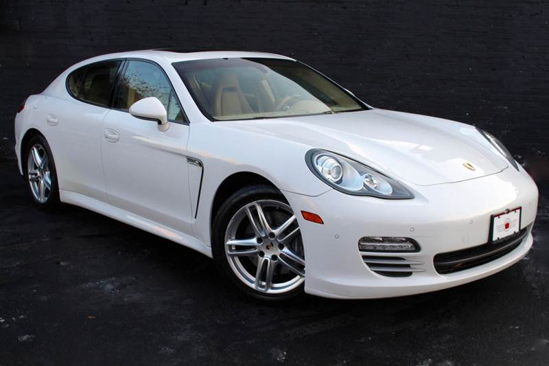 2012 Porsche Panamera 4 AWD 4dr Sedan w NAVIGATION, REAR-VIEW CAMERA WITH PARK ASSIST, AND BOSE PREMIUM SOUND - Great Neck NY