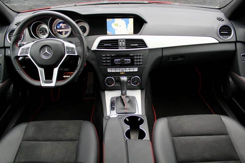 2013 Mercedes-Benz C-Class C 300 Sport 4MATIC AWD 4dr Sedan w PREMIUM 1 PACKAGE, MULTIMEDIA PACKAGE, SPORT PACKAGE, NAVIGATION, - Great Neck NY