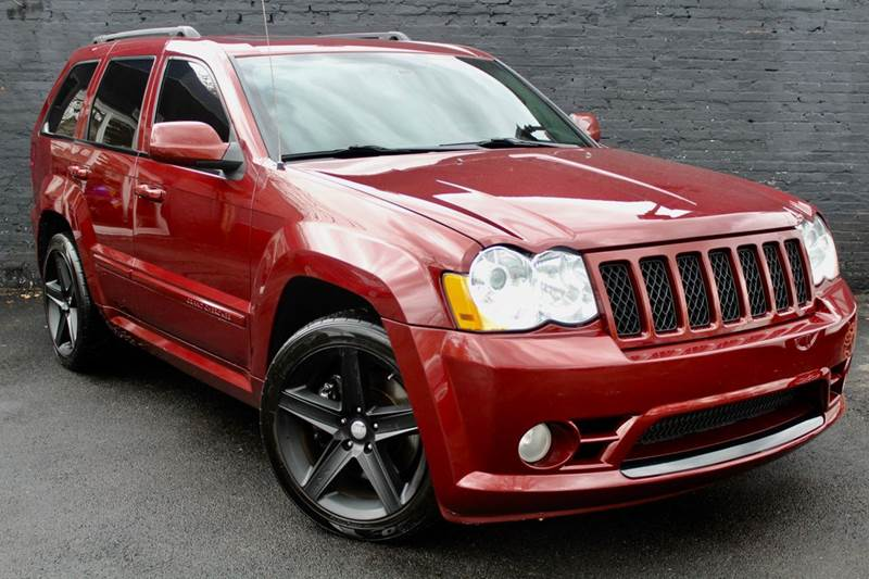 2008 Jeep Grand Cherokee Srt8 4x4 4dr Suv W Navigation Rear View