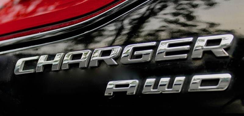 2014 Dodge Charger R/T Max AWD 4dr Sedan w NAVIGATON, PARKVIEW REAR BACK-UP CAMERA, REAR PARK ASSIST, BLIND SPOT & CROSS PATH DETECTION, & BEATS AUDIO WITH SUBWOOFER - Great Neck NY