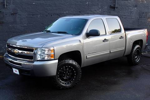 2009 Chevrolet Silverado 1500 for sale at Kings Point Auto in Great Neck NY