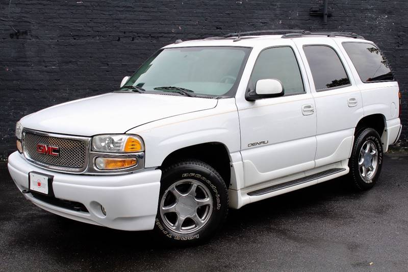 2005 GMC Yukon for sale at Kings Point Auto in Great Neck NY