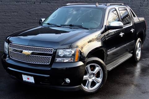 2011 Chevrolet Avalanche for sale at Kings Point Auto in Great Neck NY