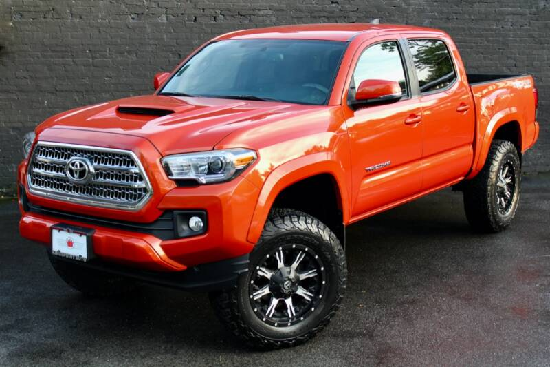 2016 Toyota Tacoma for sale at Kings Point Auto in Great Neck NY
