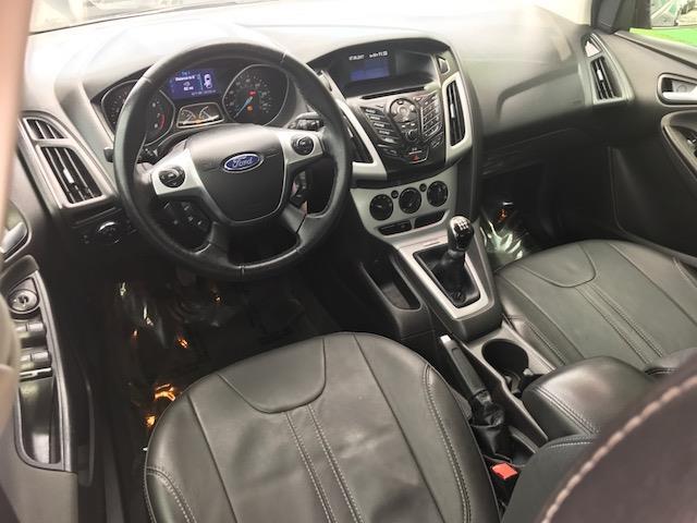 2013 Ford Focus SE 4dr Sedan - Clinton Township MI