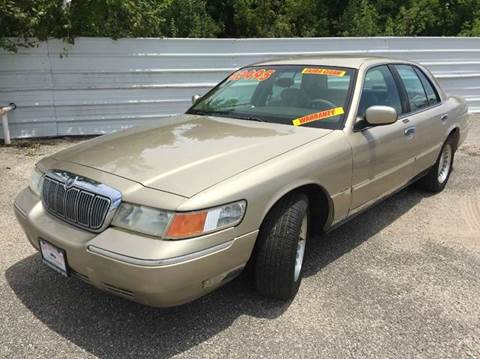 2000 Mercury Grand Marquis for sale at Old Fashioned Way Auto Center in Pearland TX