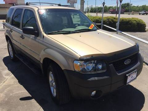 2007 Ford Escape for sale at Old Fashioned Way Auto Center in Pearland TX