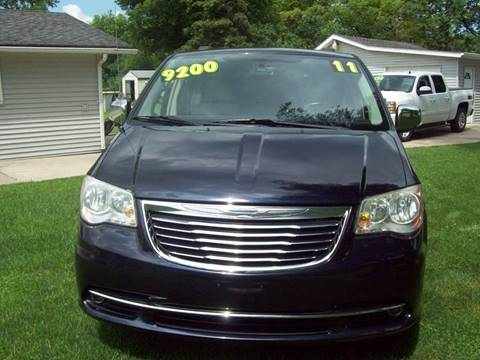 2011 Chrysler Town and Country for sale in Gasport, NY