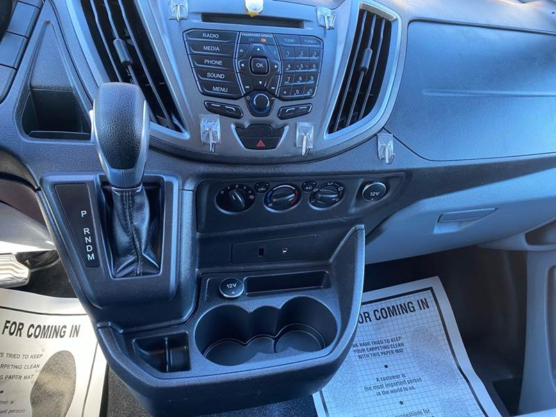 2016 Ford Transit Cargo 350 HD (image 21)