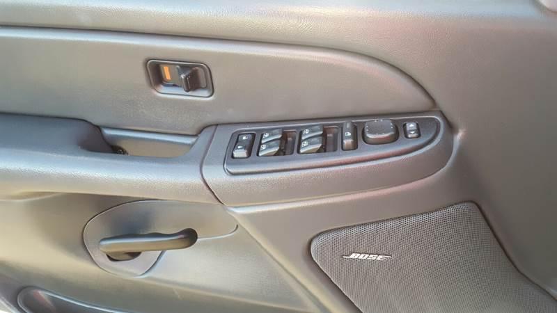 2005 GMC Sierra 1500 4dr Crew Cab SLE 4WD SB - Schererville IN
