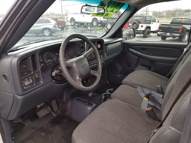 2002 GMC Sierra 1500 2dr Standard Cab 4WD LB - Schererville IN