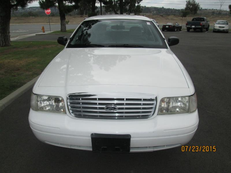 2004 Ford Crown Victoria 4dr Sedan - Anaheim CA