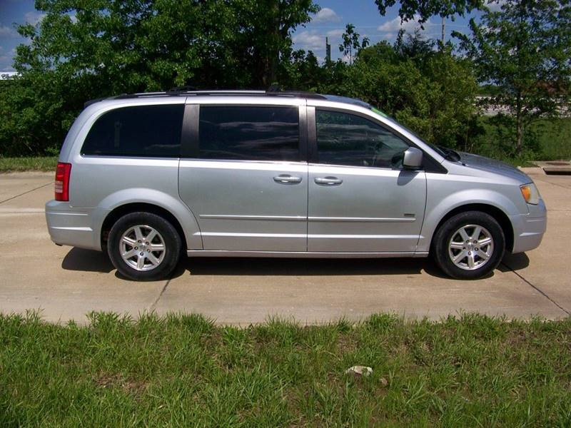 2008 Chrysler Town and Country Touring 4dr Mini-Van - Troy MO