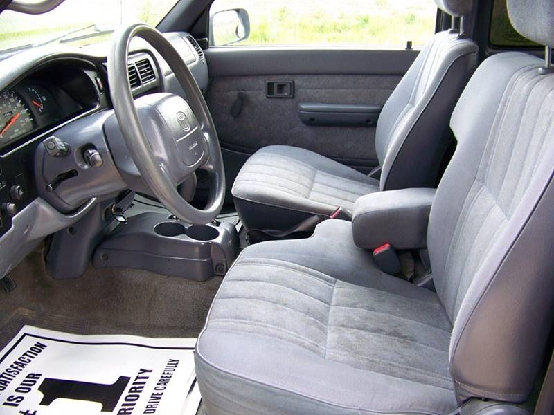 2000 Toyota Tacoma 2dr Prerunner V6 Extended Cab SB - Troy MO