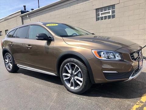 2018 Volvo V60 Cross Country for sale in Highland, IN