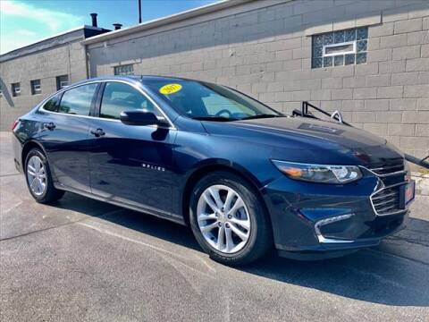 2017 Chevrolet Malibu for sale at Richardson Sales & Service in Highland IN