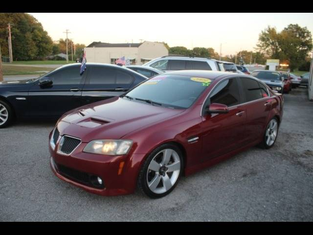 2009 Pontiac G8 for sale at Roberts Company Motor Mart, LLC in Harrisonville MO