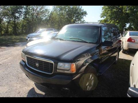 2000 Cadillac Escalade for sale at Roberts Company Motor Mart, LLC in Harrisonville MO