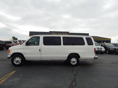 2003 Ford E-Series Wagon for sale in Cincinnati, OH