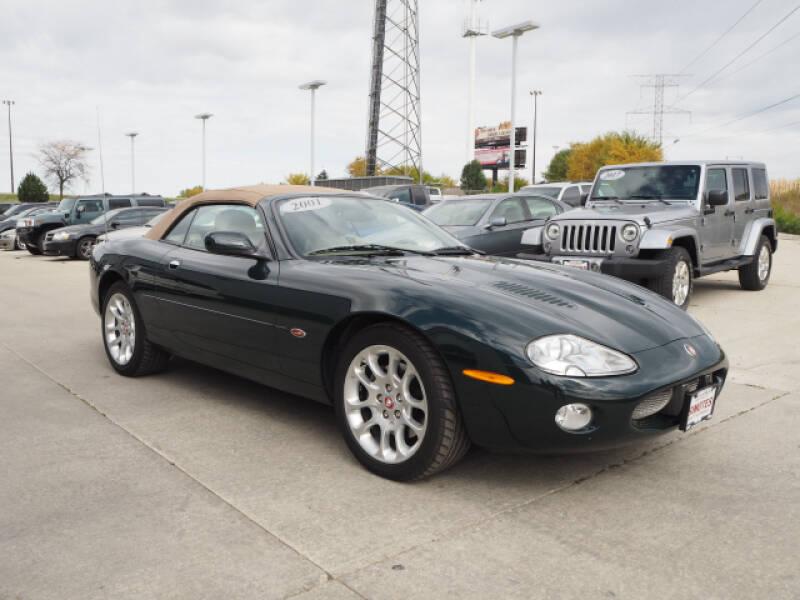 2001 Jaguar XKR for sale at SIMOTES MOTORS in Minooka IL