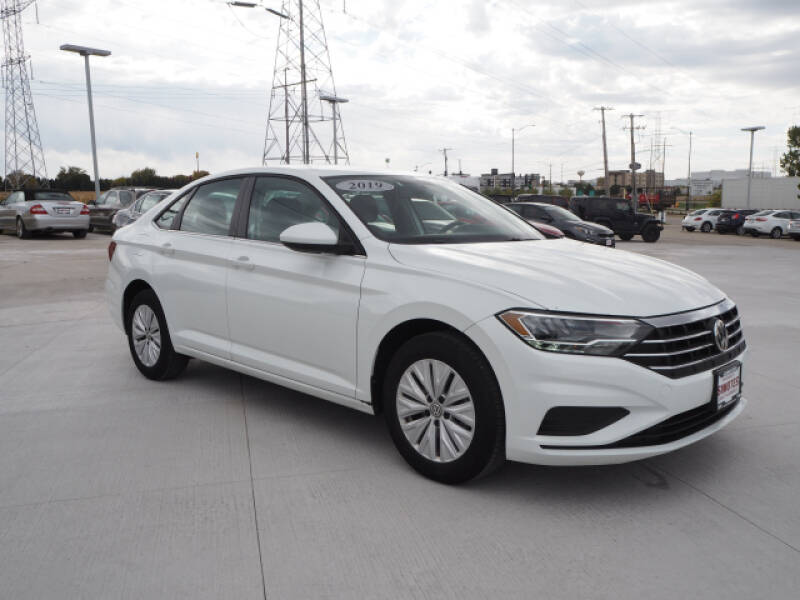 2019 Volkswagen Jetta for sale at SIMOTES MOTORS in Minooka IL