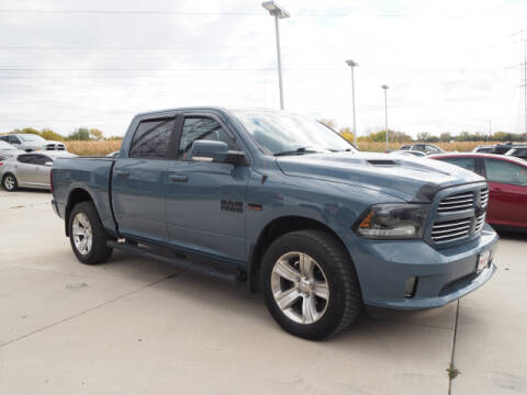 2015 RAM Ram Pickup 1500 for sale at SIMOTES MOTORS in Minooka IL