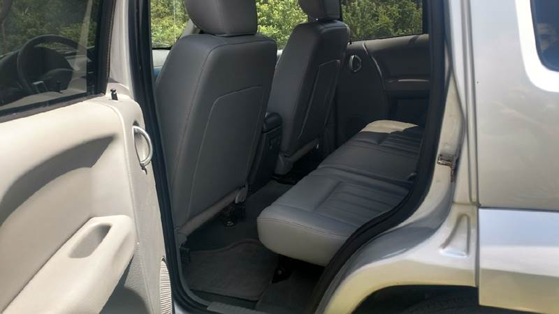 2006 Jeep Liberty Limited 4dr SUV 4WD w/ Front Side Curtain Airbags - Ashland KY