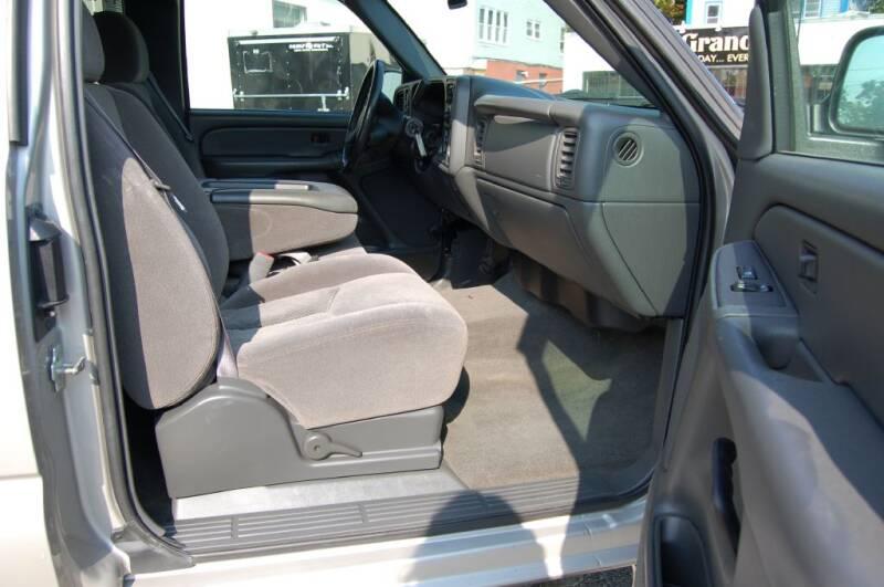 2005 Chevrolet Silverado 2500HD HEAVY DUTY - Worcester MA
