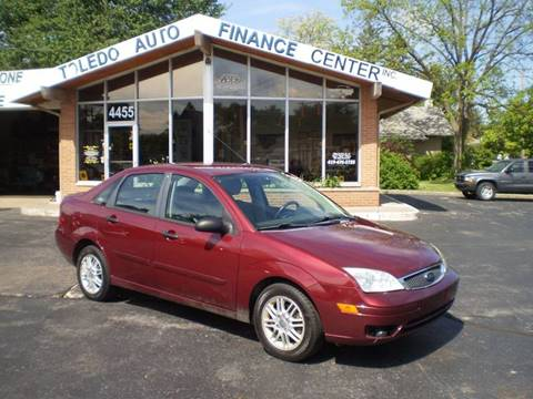 2006 Ford Focus for sale at DTH FINANCE LLC in Toledo OH