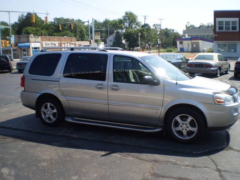 2006 Chevrolet Uplander for sale at DTH FINANCE LLC in Toledo OH