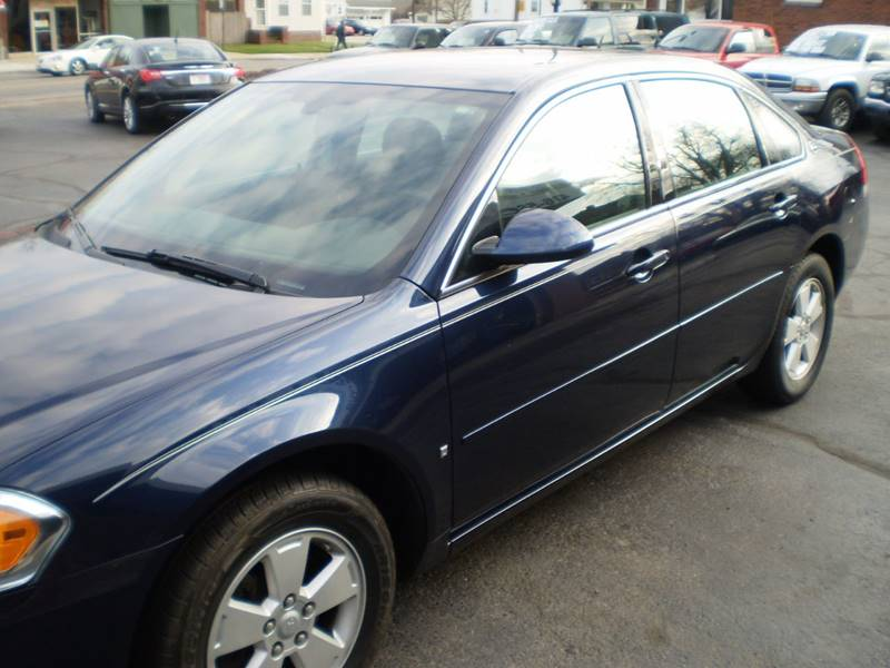 2007 Chevrolet Impala for sale at DTH FINANCE LLC in Toledo OH