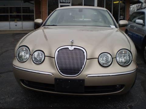 2005 Jaguar S-Type for sale at DTH FINANCE LLC in Toledo OH