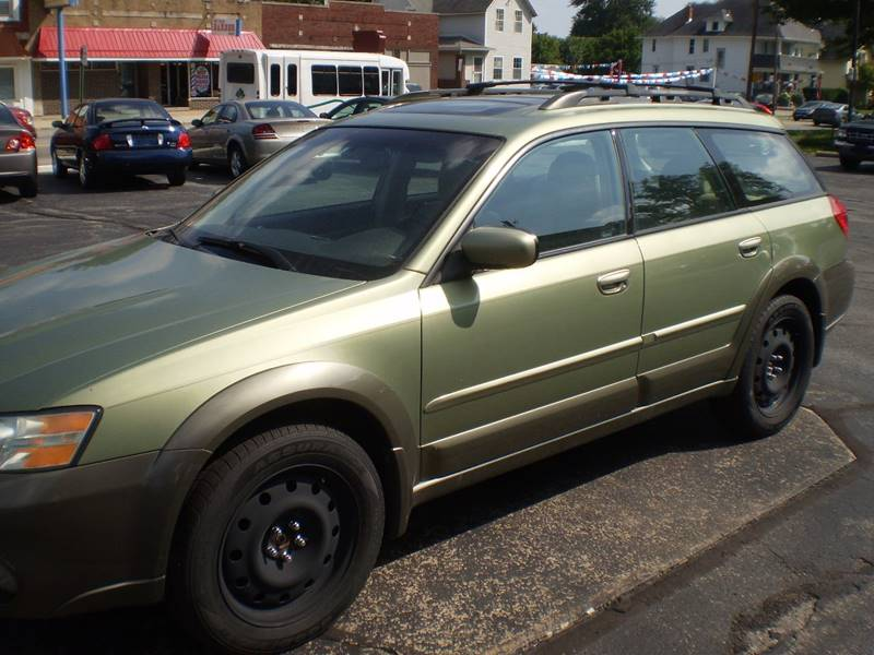 2006 Subaru Outback for sale at DTH FINANCE LLC in Toledo OH