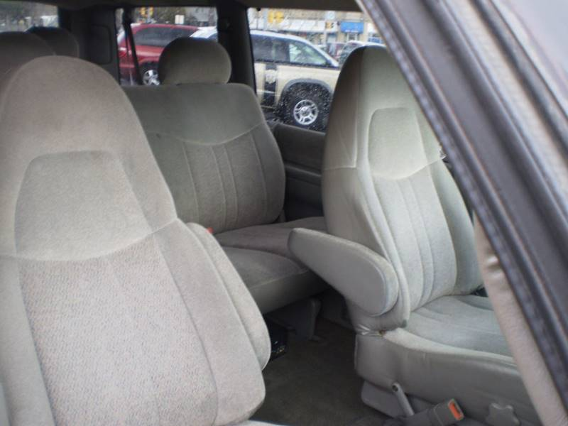 2002 GMC Safari XT - Toledo OH