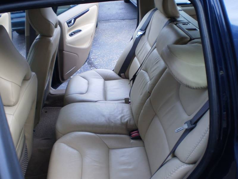 2002 Volvo XC AWD 4dr Turbo Wagon - Toledo OH