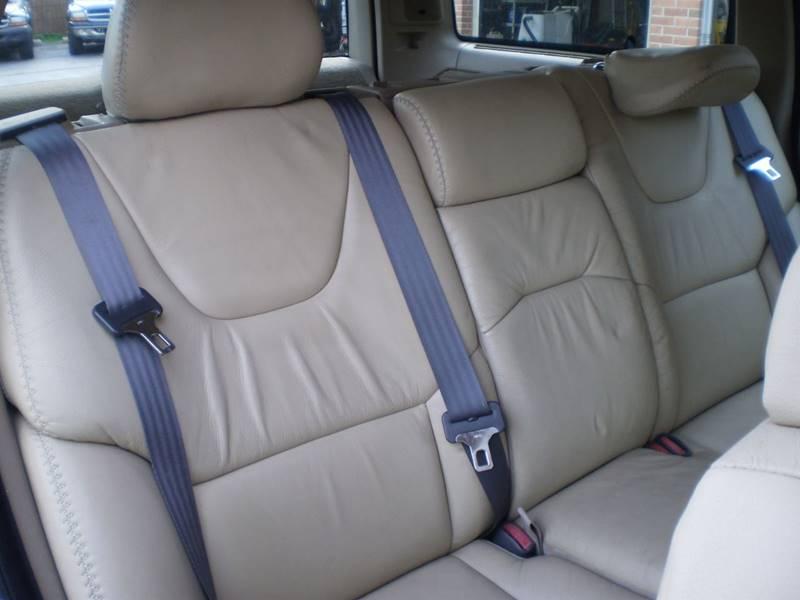 2005 Volvo XC70 AWD 4dr Turbo Wagon - Toledo OH