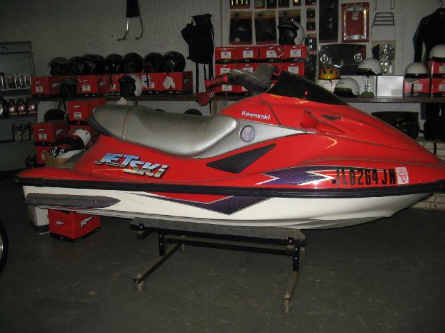 1999 Kawasaki Jet Ski ULTRA 150 In Machesney Park IL