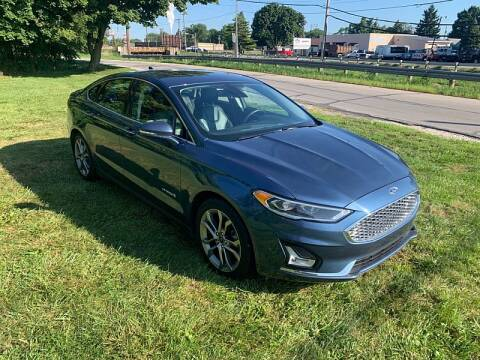 2019 Ford Fusion Hybrid for sale at CItywide Auto Credit in Oregon OH