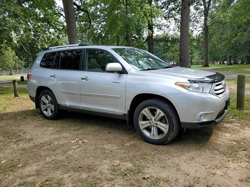 2013 Toyota Highlander for sale at CItywide Auto Credit in Oregon OH